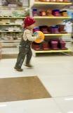 Séries d'enfant et jeu de boule Photographie stock libre de droits