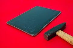 Sérieux dommages aux instruments chers et à l'électronique Photographie stock