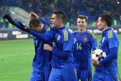 Sérvia amigável de Ucrânia v do jogo em Kharkiv Imagem de Stock Royalty Free