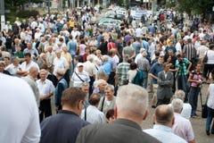 Sérvios na igreja dianteira Imagens de Stock Royalty Free