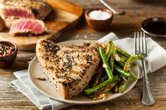 Sésame grillé fait maison Tuna Steak Photographie stock libre de droits