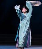"""Sétima desintegração encurralada- do ato do  branco de Opera""""Madame Snake†das famílias-Kunqu fotos de stock"""