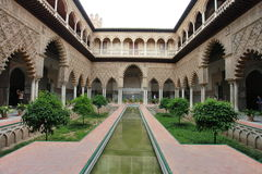 Séville, Alcazar Patio de las Doncellas réel Image stock