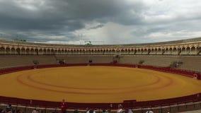 Séville, Andalousie, Espagne - 18 avril 2016 : La vrai Maestranza de Plaza de Toros De banque de vidéos
