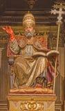 Séville - la statue symbolique polychrome découpée de St Peter dans l'église Iglesia De San Pedro par Felipe de Ribas (1641 - 165 Images stock