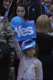 Sì referendum 2014 di Indy dello Scottish dei sostenitori Immagini Stock