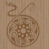 Símbolo céltico de madera tallado Fotografía de archivo libre de regalías