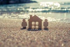 Símbolo da casa e da família Foto de Stock Royalty Free