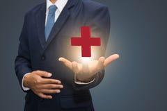 Símbolo da cruz vermelha Imagens de Stock Royalty Free