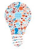 Símbolo da lâmpada em ícones sociais da rede dos media Imagens de Stock Royalty Free