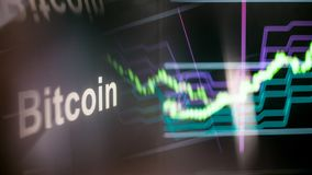 Símbolo de Bitcoin Cryptocurrency O comportamento das trocas do cryptocurrency, conceito Tecnologias financeiras modernas fotografia de stock royalty free