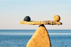 Símbolo de escalas en la costa Fotos de archivo libres de regalías