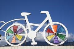 Símbolo de la bicicleta para una ruta de ciclo Fotos de archivo
