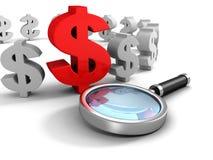 Símbolo de moneda rojo del dólar con el vidrio de la lupa Foto de archivo