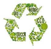Símbolo de reciclaje verde con los iconos ambientales Foto de archivo libre de regalías