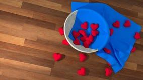 Símbolo del corazón del día del ` s de la tarjeta del día de San Valentín en un pote blanco en la tabla de madera Fotos de archivo libres de regalías