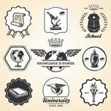 Símbolo del vintage de la universidad de la academia de la escuela de la educación stock de ilustración