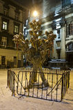 Símbolo do Natal - Didukh, no centro da cidade de Lviv Foto de Stock Royalty Free