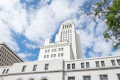 Símbolo do poder do estado e da democracia A torre majestosa da câmara municipal em Los Angeles Imagens de Stock Royalty Free