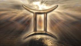 Símbolo dourado místico dos Gêmeos do horóscopo do zodíaco rendição 3d Fotos de Stock Royalty Free