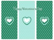 Símbolo feliz do coração do dia do ` s do Valentim no fundo da cor feriado Fotografia de Stock Royalty Free