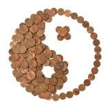 Símbolo financeiro de Yin Yang feito do dinheiro Fotografia de Stock