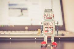 Símbolo para um bot do bate-papo ou bot social e algoritmos imagens de stock royalty free