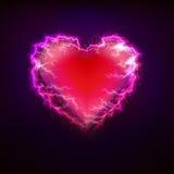 Símbolo rojo del amor del corazón en el diseño gráfico de la tormenta del relámpago Imagen de archivo