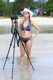 Símbolo 'sexy' do corpo do biquini das mulheres com câmera Imagem de Stock Royalty Free