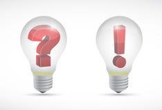 Símbolos de la pregunta y de la exclamación de la bombilla Imagen de archivo libre de regalías