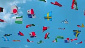 Símbolos del mundo de banderas nacionales almacen de metraje de vídeo