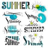 Símbolos del verano bajo la forma de logotipos y etiquetas Fotografía de archivo
