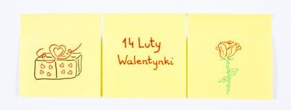 Símbolos do dia de Valentim tirados no papel, inscrição Valentim poloneses do 14 de fevereiro, símbolo do amor Imagem de Stock Royalty Free