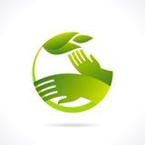 Símbolos e sinais ecológicos, mãos do ser humano e plantas crescentes verdes Imagem de Stock Royalty Free