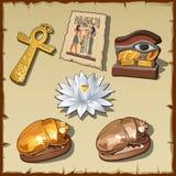 Símbolos egipcios antiguos y decoraciones Fotos de archivo libres de regalías