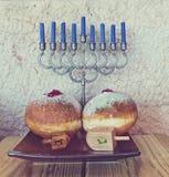 Símbolos judíos tradicionales importantes para el día de fiesta de Jánuca imagenes de archivo