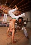 Sócio de ajuda de Capoeira com pino Foto de Stock Royalty Free