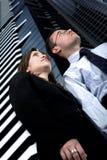 Sócios comerciais em um ambiente corporativo Imagem de Stock Royalty Free