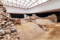 SÓFIA, BULGÁRIA - 3 DE JANEIRO: Ruínas da construção romana no museu subterrâneo aberto, entre estações de metro de Serdika, em j Fotos de Stock Royalty Free