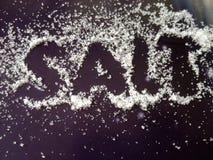 sól Słowo pisze w soli Tekst i sól Obraz Stock