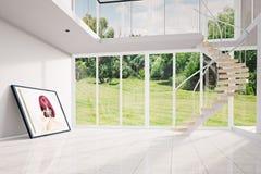 Sótão moderno com a imagem que move-se para fora Fotografia de Stock Royalty Free