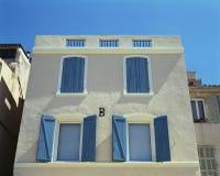 söder typisk france hus Royaltyfri Fotografi