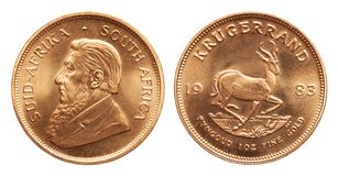 Södra - afrikansk krugerrand mynt 1 uns för guld- guldtacka som isoleras på vit bakgrund royaltyfria foton