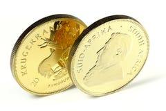 Södra - afrikanska mynt för guld- guldtacka Arkivbild