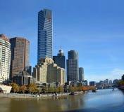 Södra bank av den Yarra floden, Melbourne Arkivbild