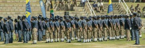 Södra - den afrikanska polisen för polisServicewith trafik Arkivbilder