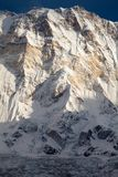 Södra framsida av Annapurna I från den Annapurna basläger, Annapurna fristad, Kaski område, Nepal Royaltyfri Foto