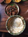 Södra indisk mat - Chettinad höna arkivfoto