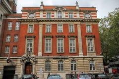 SÖDRA KENSINGTON, LONDON, UK - MAJ 07 2012: Yttersida av vetenskapsmuseet Arkivbild