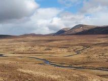 Södra Monadhliath berg, flod Spey, Skottland  Arkivbilder